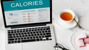 Kalorienrechner auf Laptop